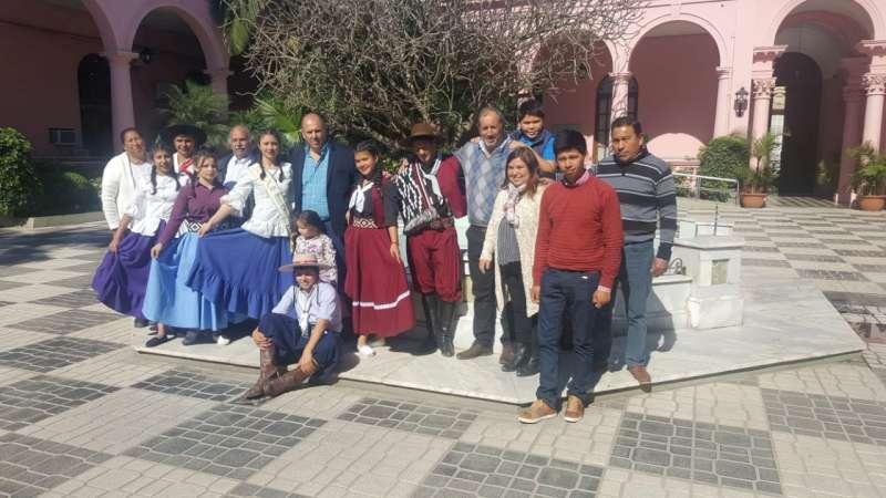 Promocionaron en Casa de Gobierno el 9° Encuentro de Jinetes y Agrupaciones Tradicionalistas de Yatay Tí Calle