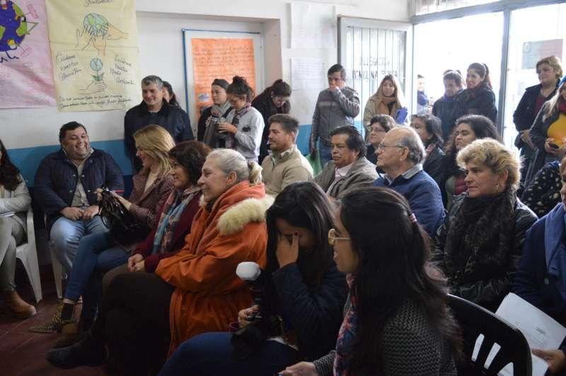Gran participación vecinal en la reunión preparatoria para la sesión itinerante