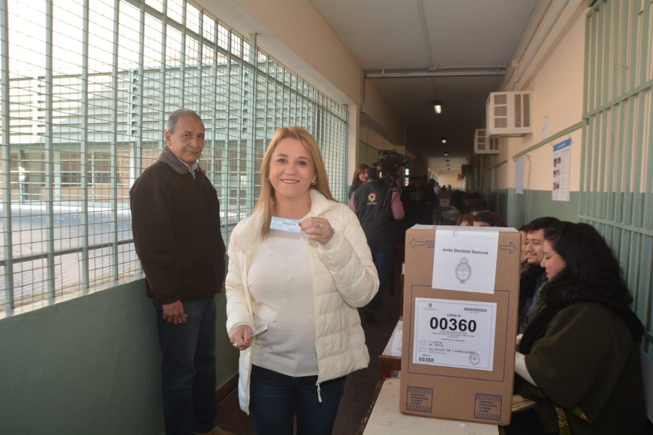 """Votó Benítez. """"Argentina va a decidir qué rumbo va a tomar"""""""