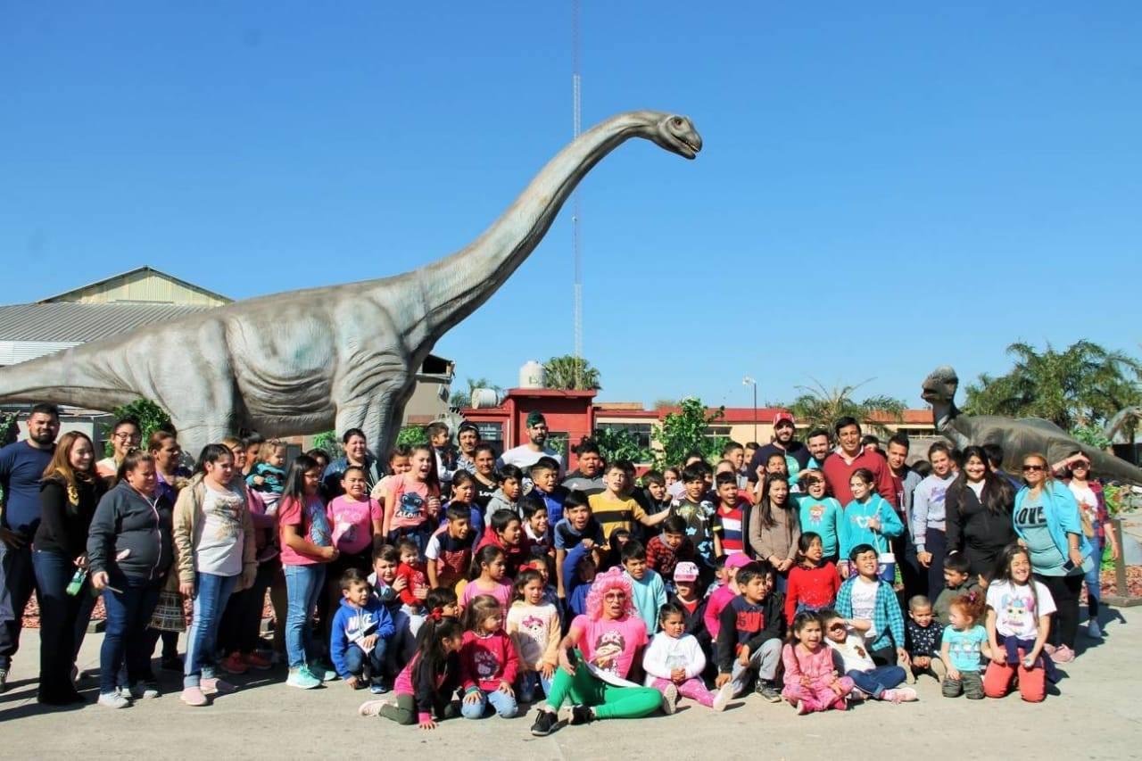 Más de 10000 niños de comedores y merenderos visitaron Mundo Jurásico