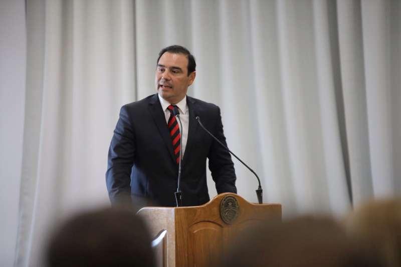 Valdés participó de la inauguración del Consulado del Uruguay en Paraná