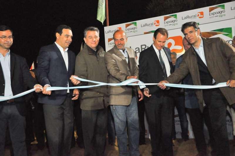 Valdés inauguró la 'Expoagro' junto a Etchevere, instando a continuar la integración al mundo
