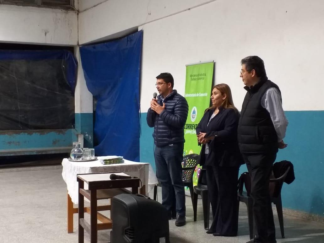 La comunidad educativa de San Roque se capacitó en defensa del consumidor