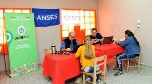 Anses y DNI en Tu Comedor en el barrio Pirayuí