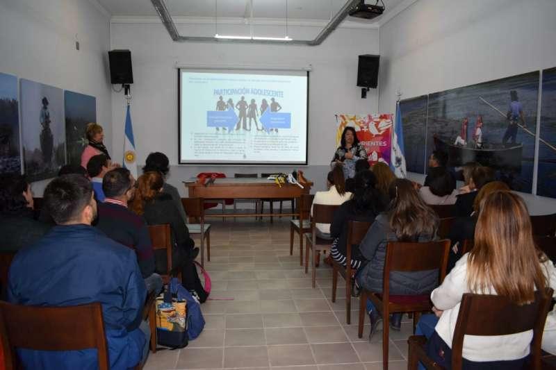 Se presentó el Programa Nacional de acompañamiento para el egreso de jóvenes sin cuidados parentales
