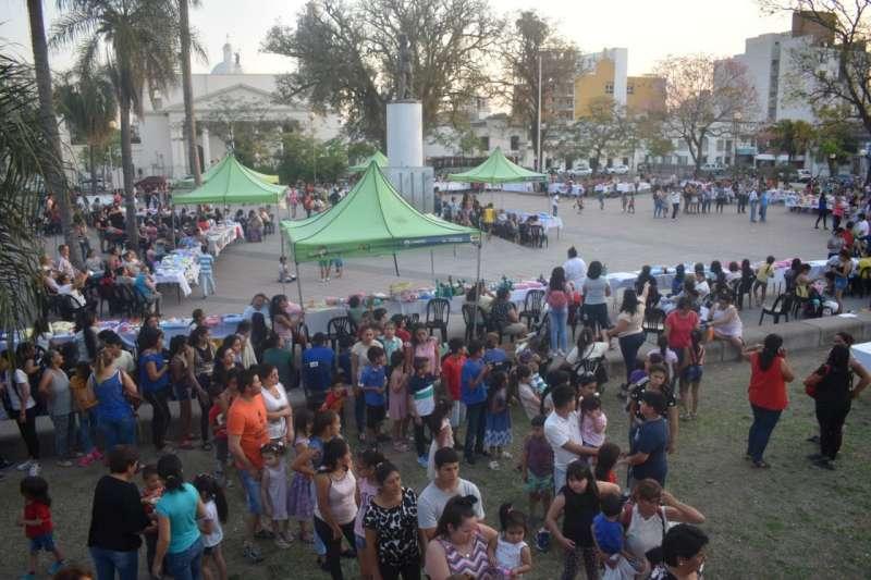 Festejo su 10 aniversario con una gran muestra en Plaza Cabral