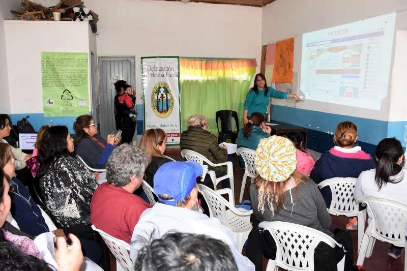 """Se iniciaron """"Talleres de Promoción Comercial"""" en el Molina Punta"""