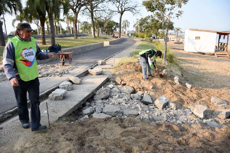 La Municipalidad reacondiciona la playas de la ciudad para la temporada de verano
