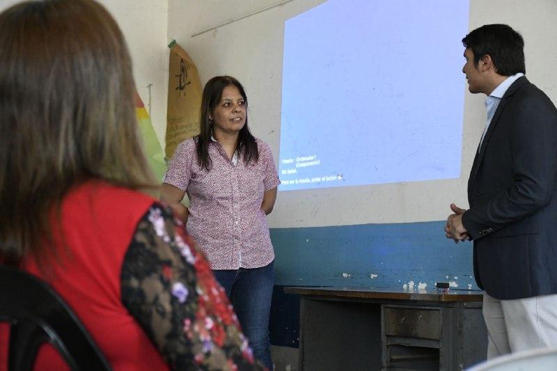 La comuna brindó charla para facilitar trámites de Habilitación Comercial en el Molina Punta