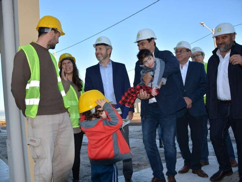 El Gobierno provincial entrega 350 viviendas en Santa Catalina