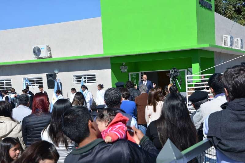 En Cazadores Correntinos, Valdés inauguró un Centro de Atención Primaria de la Salud y anunció la construcción de una Comisaría