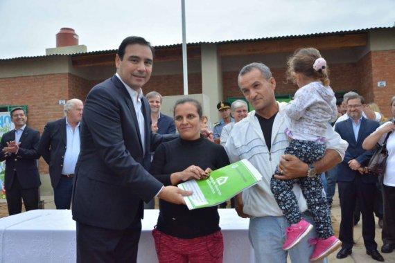 Valdés dejará inauguradas este lunes las 350 viviendas en Santa Catalina