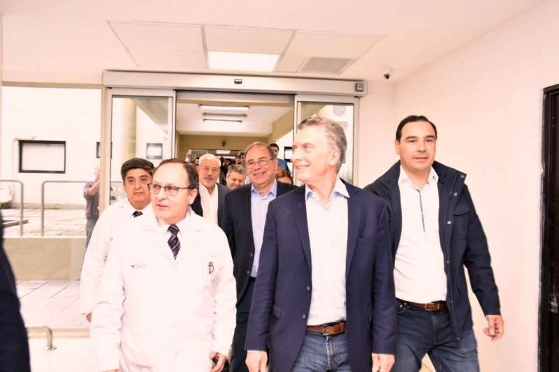 """Macri en el Cardiológico. """"Esta institución es un orgullo para Corrientes"""""""