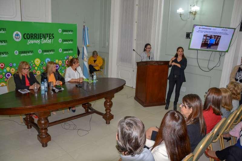 El Ministerio de Educación reconoció la labor y el compromiso de los preceptores
