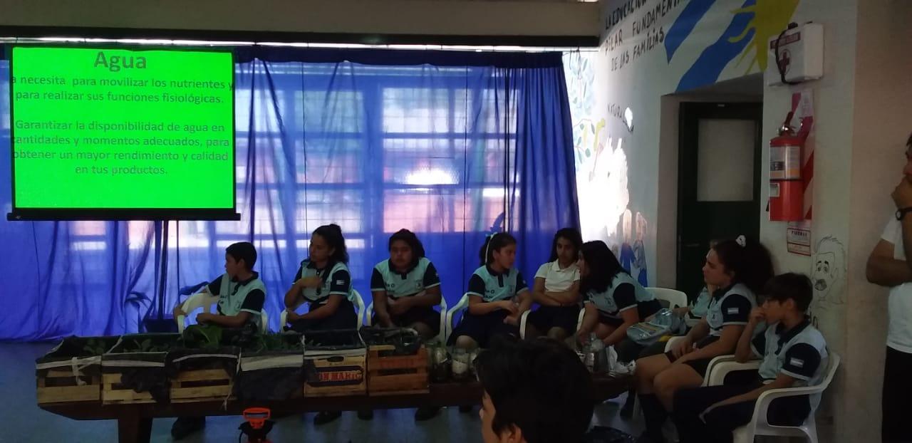 Desarrollo Social visitó una escuela del Barrio Dr. Montaña