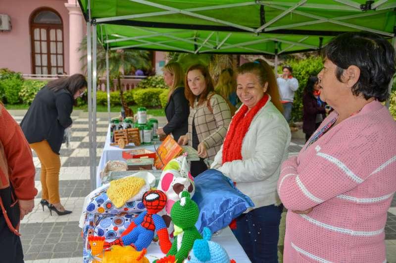 Se lanzó Feria de Artesanos y Emprendedores para conmemorar el Día de la Madre