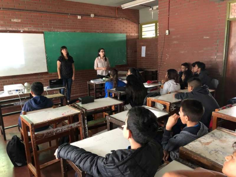 Ofrecen un taller sobre » Grooming» para alumnos de la Escuela Técnica UOCRA «Islas Malvinas»