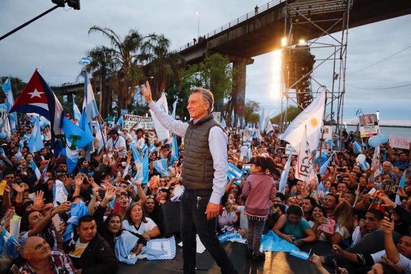 """Valdés en el 'Sí, se puede'. """"Macri le devolvió a Corrientes el orgullo del federalismo argentino"""""""