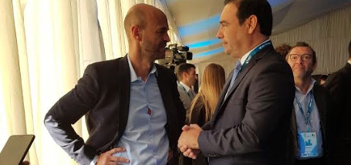 Valdés recibe al ministro Dietrich para recorrer obras
