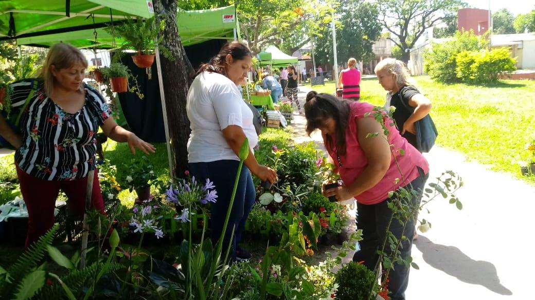 Este lunes 11 la Feria itinerante visitó el B° Santa Teresita