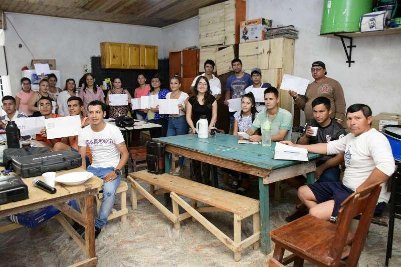 Capacitaron en el barrio Ongay a pequeños emprendedores