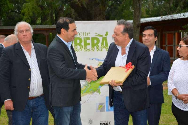 Valdés y Santos inauguraron moderno complejo para potenciar al Iberá desde el Portal San Antonio