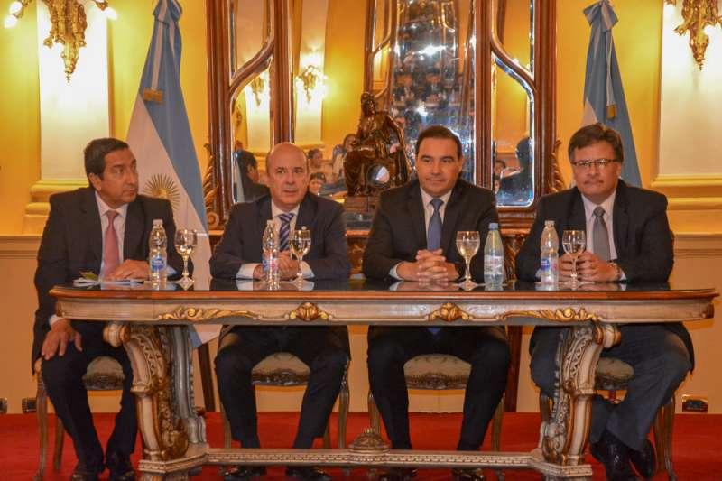 Valdés propuso la creación de un Juzgado de Violencia de Género para la provincia