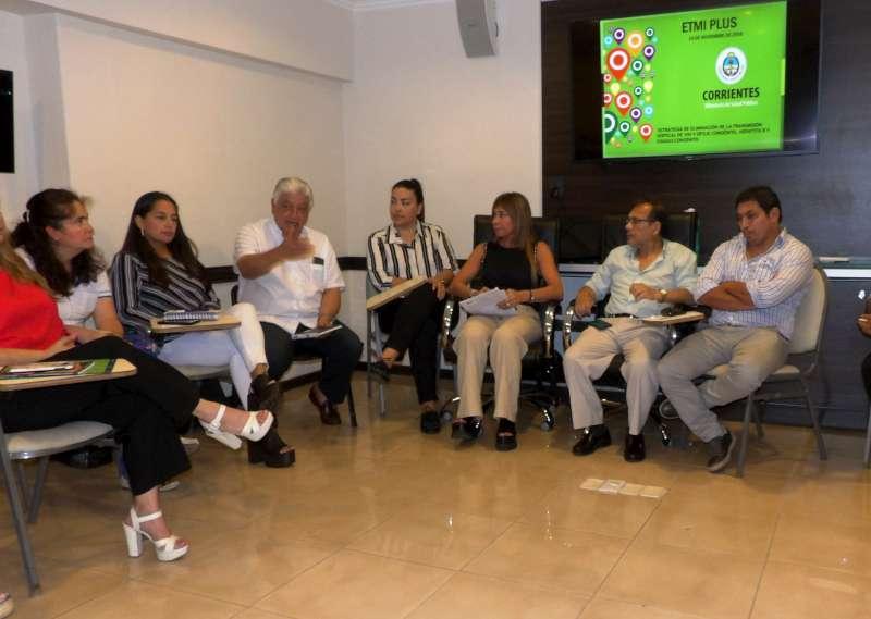 Cardozo encabezó reunión con equipos de APS en el marco de la estrategia para la eliminación de enfermedades de transmisión congénita