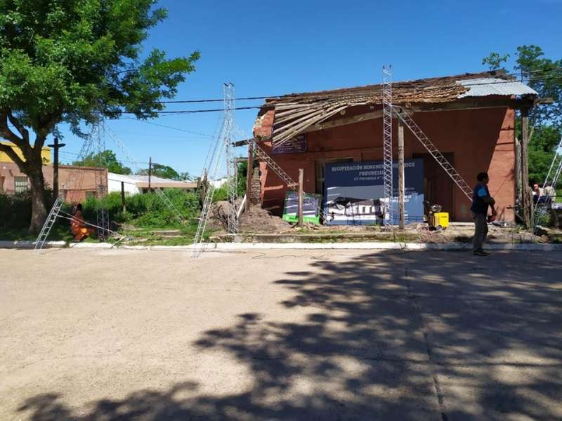 Proveen de una cobertura protectora a la Casa Histórica de San Roque