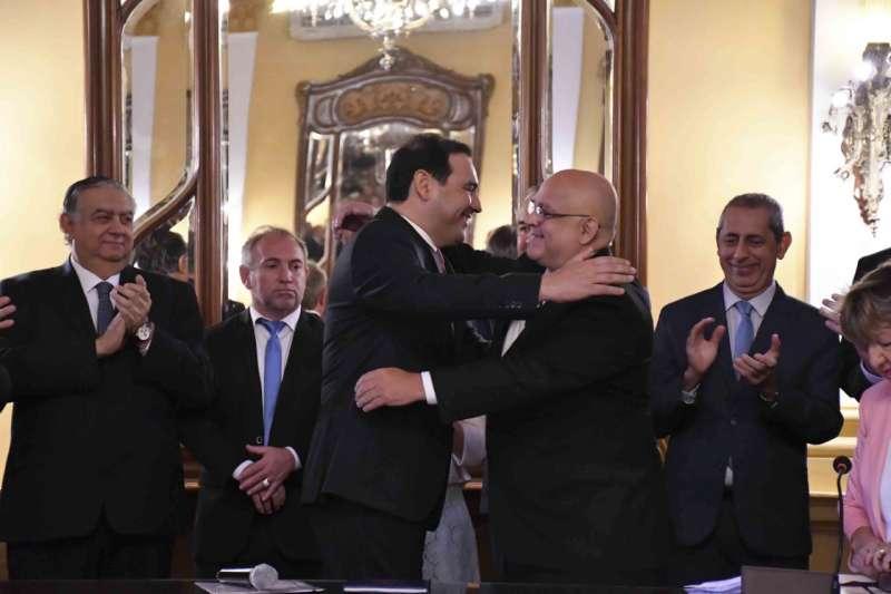 Valdés puso en funciones al flamante ministro secretario general de la Gobernación, Carlos Vignolo