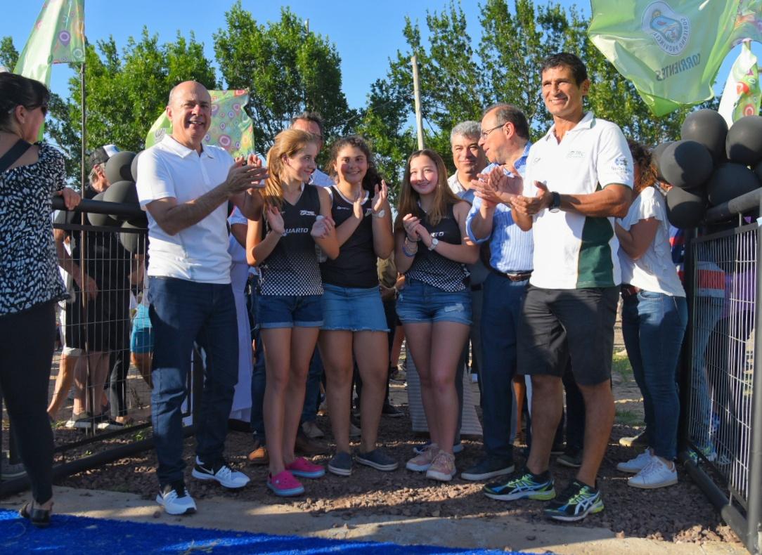 La Provincia inauguró la nueva cancha de hockey del Taraguy Rugby Club