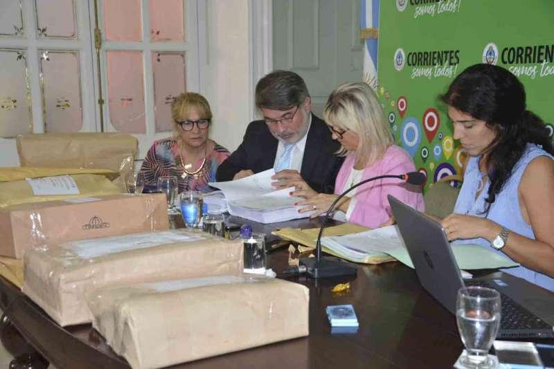 Se presentaron 13 ofertas a licitación pública para construir una Escuela primaria en el barrio Ponce