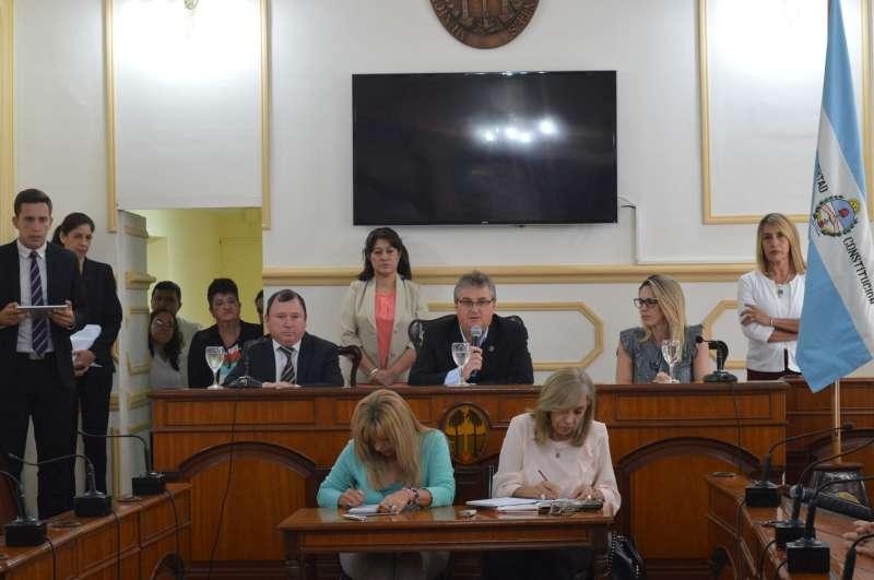El Concejo aprobó pliegos y diplomas de los ediles electos