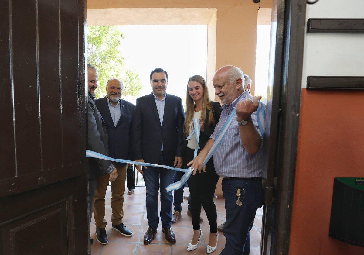 En la apertura de nuevos cajeros automáticos en Goya, Valdés anunció un bono de $6mil para estatales