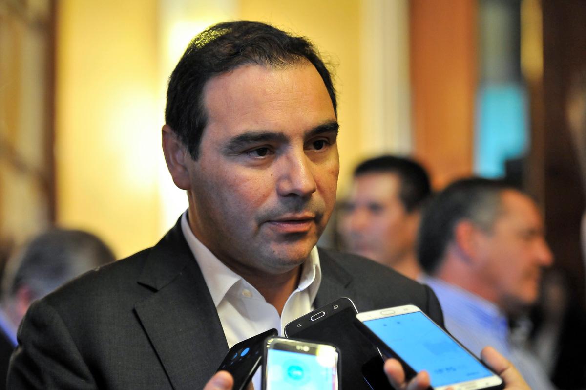 El Gobernador Valdés confirmó el cronograma del plus de $6.500