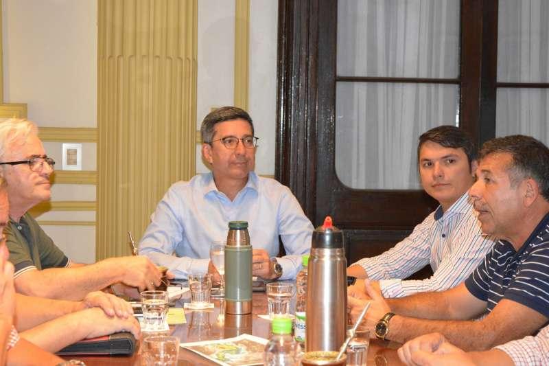 Ante las intensas lluvias, López Desimoni se reunió con distintas áreas de la Provincia y el Municipio para evaluar la situación