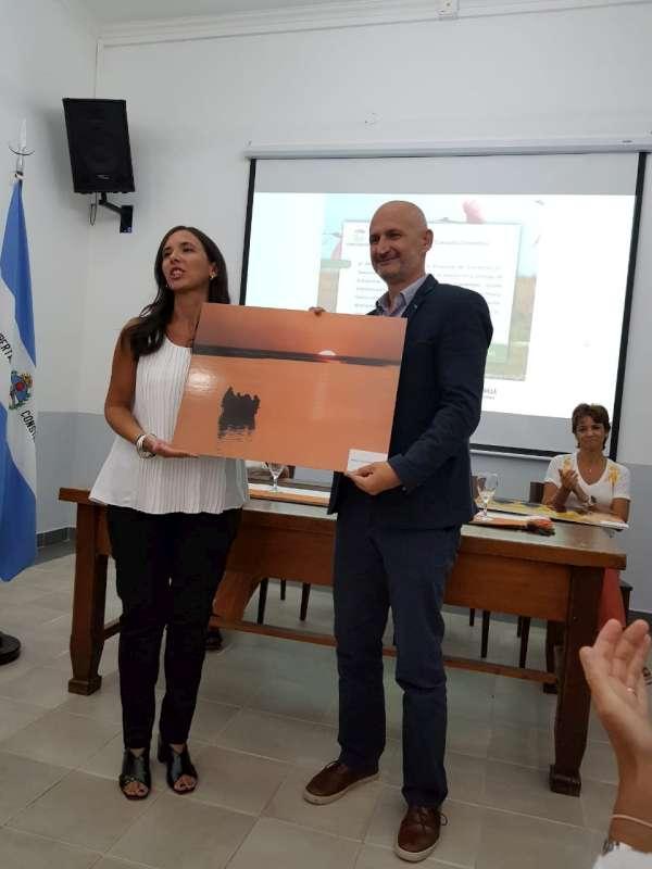 """Oficializaron la entrega de las obras exhibidas del concurso fotográfico """"Iberá, Corazón Correntino"""""""