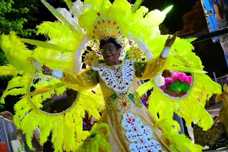 Exitosa tercera noche de los Carnavales Barriales en el San Marcelo