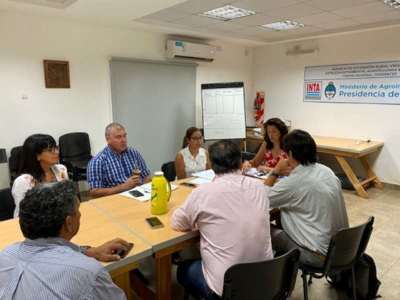 Visita a Gobernador Virasoro para comenzar a organizar capacitaciones a yerbateros