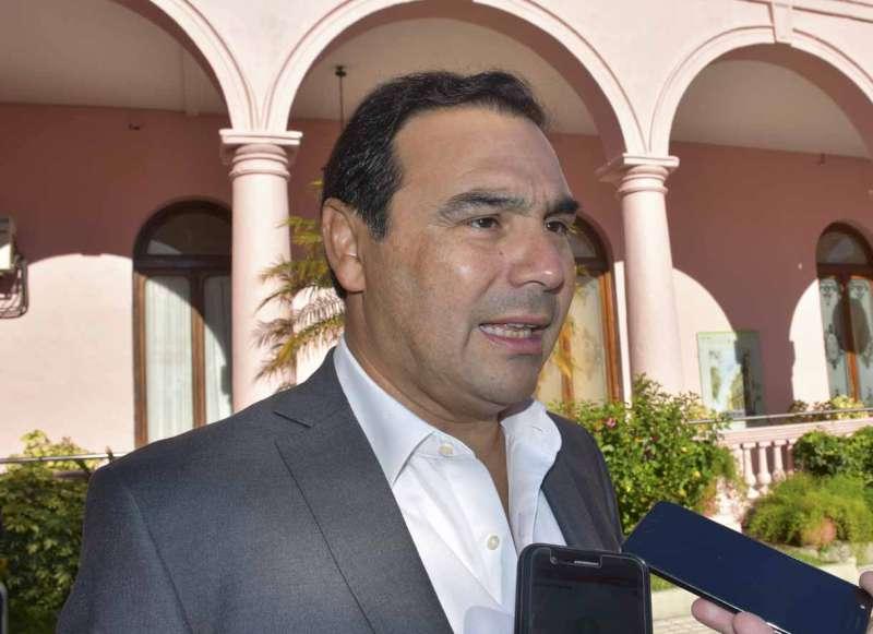 Valdés adelantó que la Provincia tendrá su propia tarjeta social, que complementará la Alimentaria