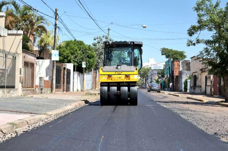 Vialidad Urbana ahora trabaja en el recapado de la calle Belgrano de Artigas a España
