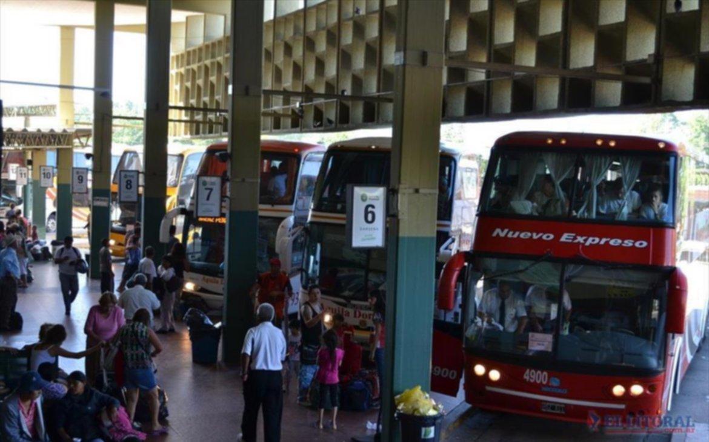 Suspenderán el transporte interurbano desde la 0 hora del viernes