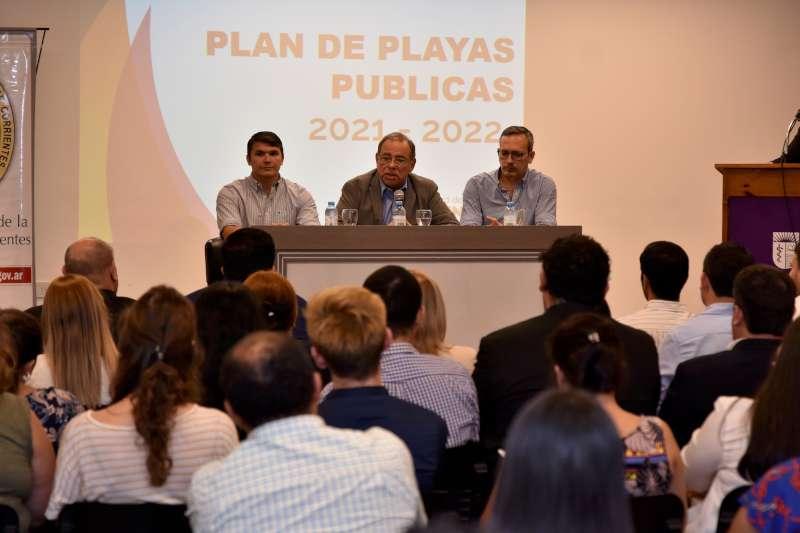 Participativa presentación del Plan de Playas ante directivos, docentes y alumnos de la UNNE