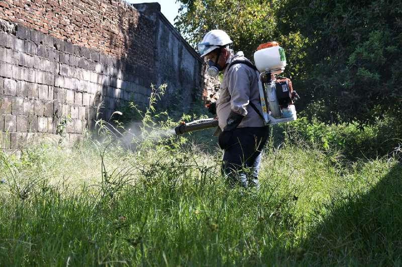 El Municipio refuerza acciones de dengue en la Capital con bloqueo, fumigación y descacharrado