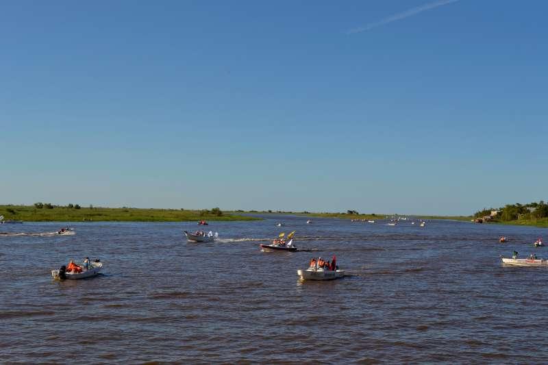 La Fiesta del Pacú tuvo récord de embarcaciones y más de 1200 pescadores