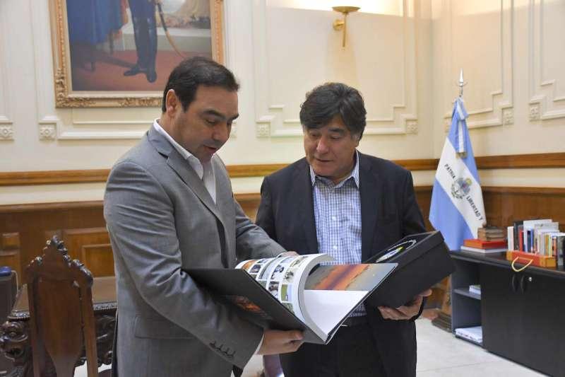 """Valdés y Zannini se reunieron en busca de """"puntos de encuentro"""" con la Provincia"""