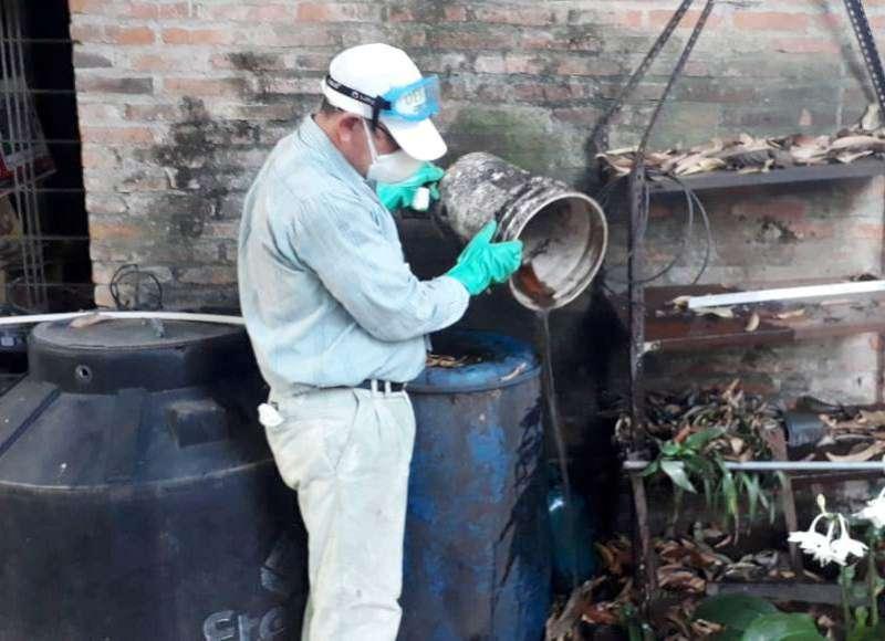 Salud continúa con prevención de Dengue en diferentes barrios de la Capital