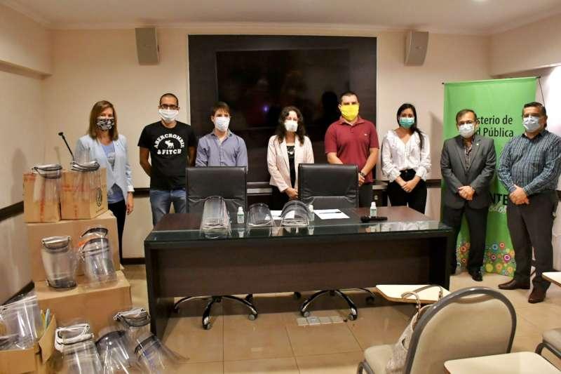 La Provincia recibió 200 máscaras de acetato fabricadas por la UNNE para los agentes sanitarios
