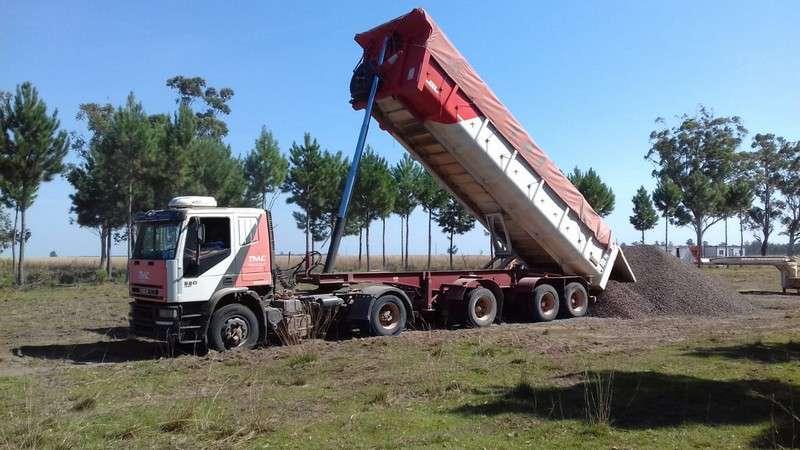 Anselmo recorrió obras productivas para el Iberá que se ejecutan en torno a la Ruta Provincial Nº 22