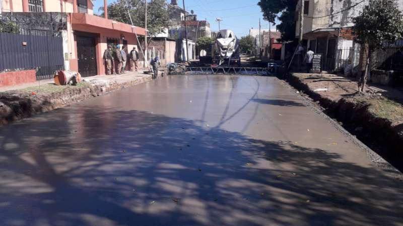Vialidad Urbana: pavimentan la calle Baibiene del barrio Bañado Norte
